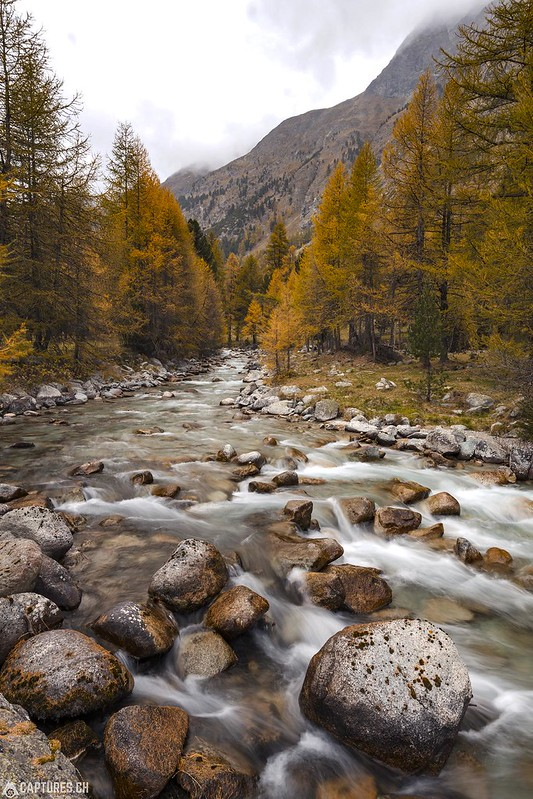 Stones in the river - Val Bever