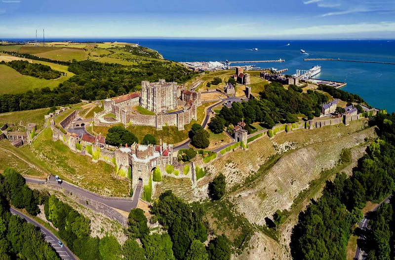 Aerial panorama of Dover Castle. Credit Chensiyuan