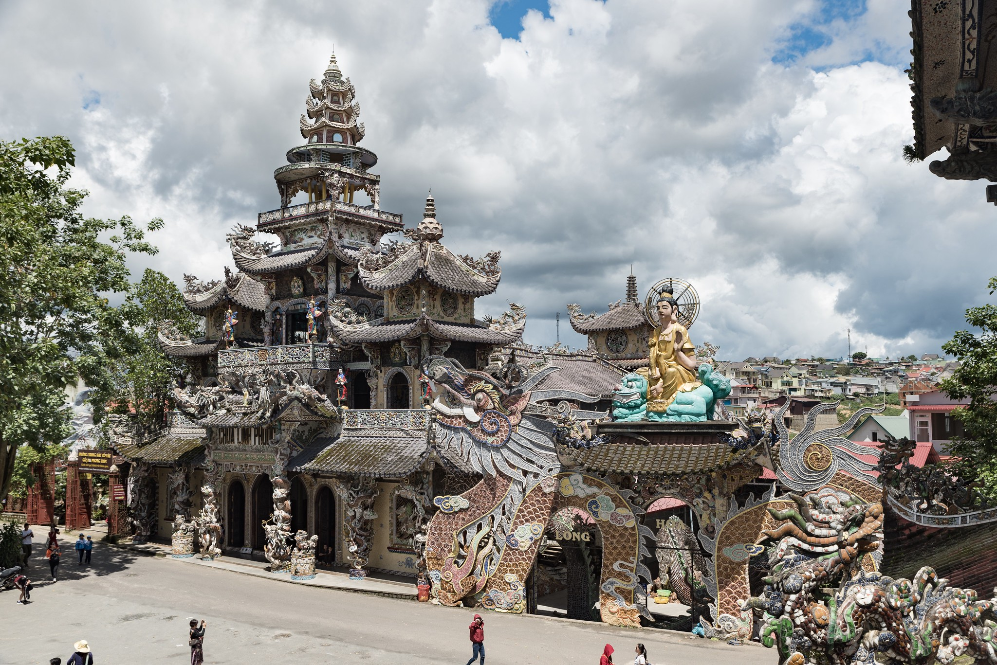 templo de Lino Phuoc En Dalat