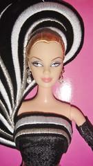 2004 45th Anniversary Barbie by Bob Mackie (Caucasian) (7)