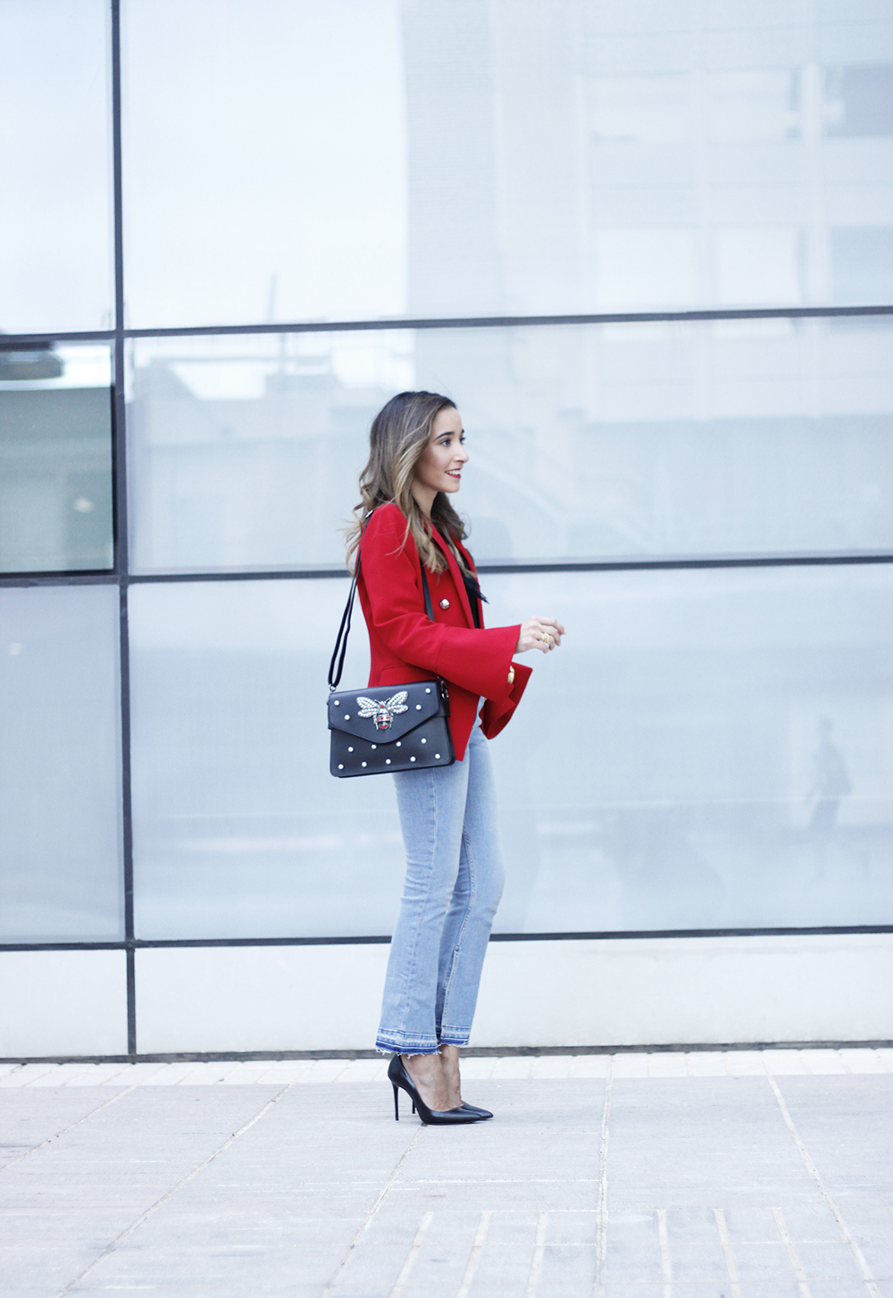 red blazer black heels bee bag denim lace top style fashion outfit trend autumn06