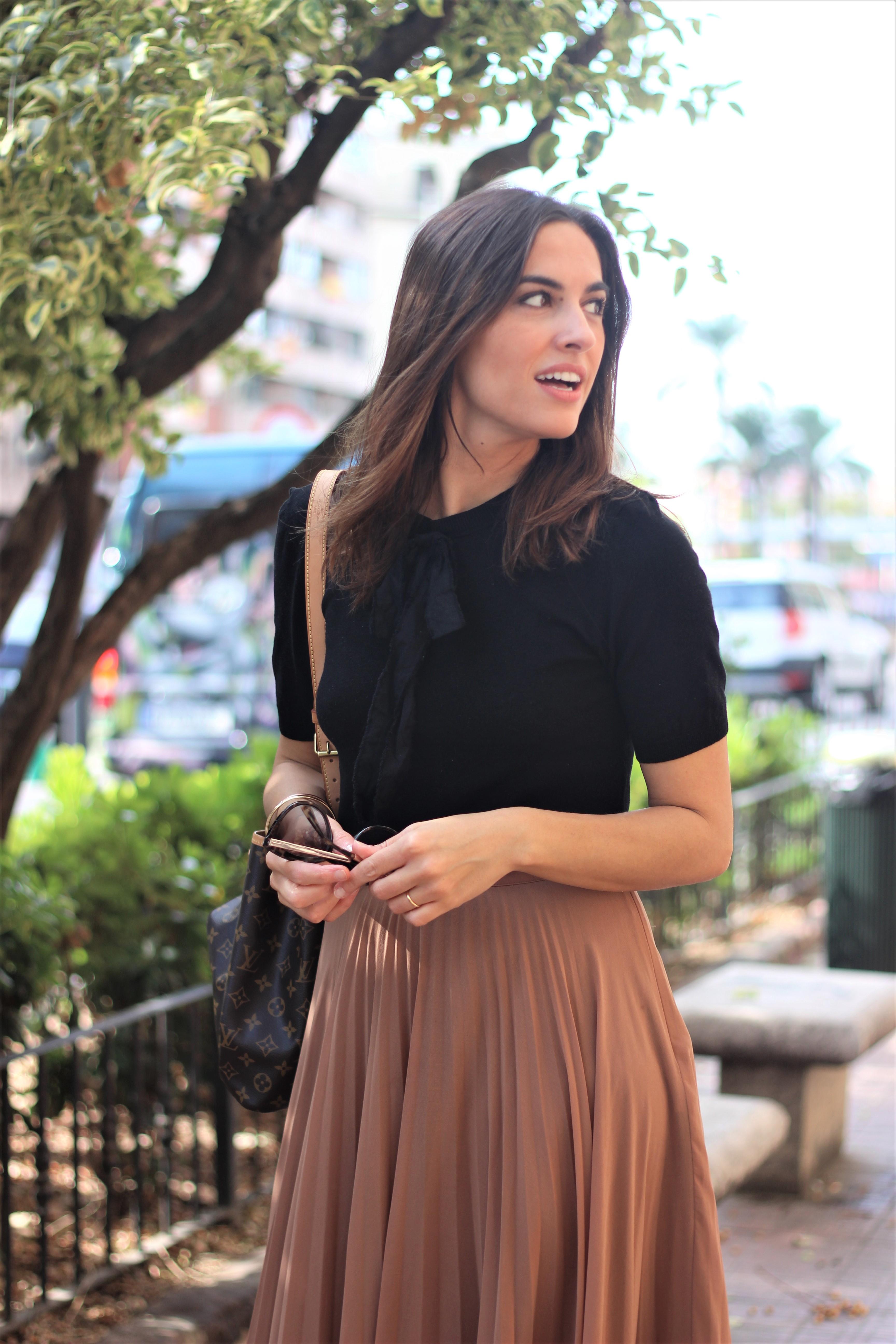 Falda plisada_ Rojo Valentino Blog (67)