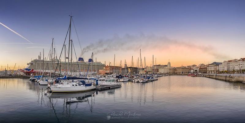 Amanecer en el Puerto de A Coruña