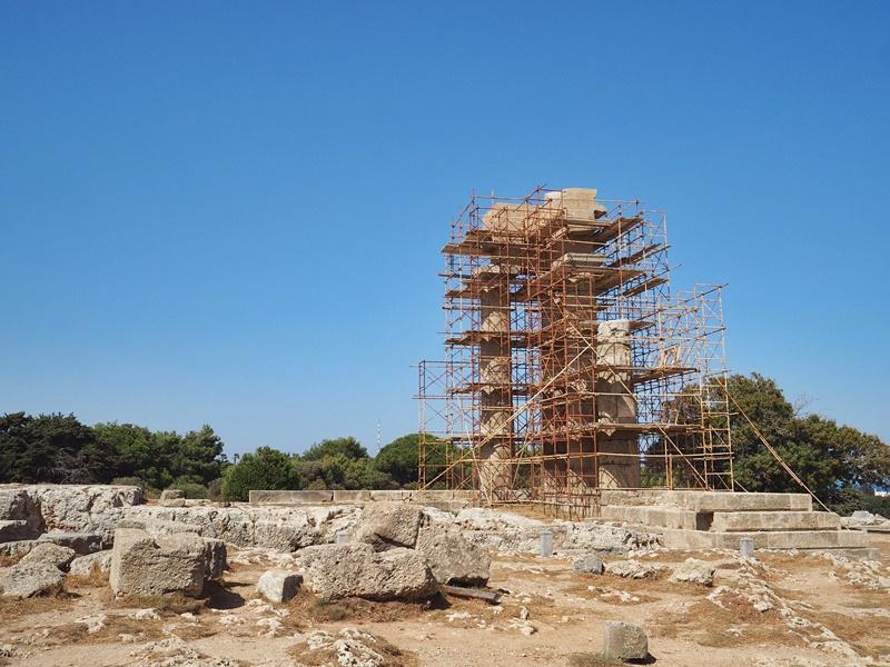 pythian-temple-of-apollo