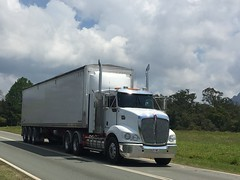 KENWORTH in Glass House Mountains Qld