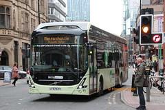 First Manchester 69900 (LF67 EVV)