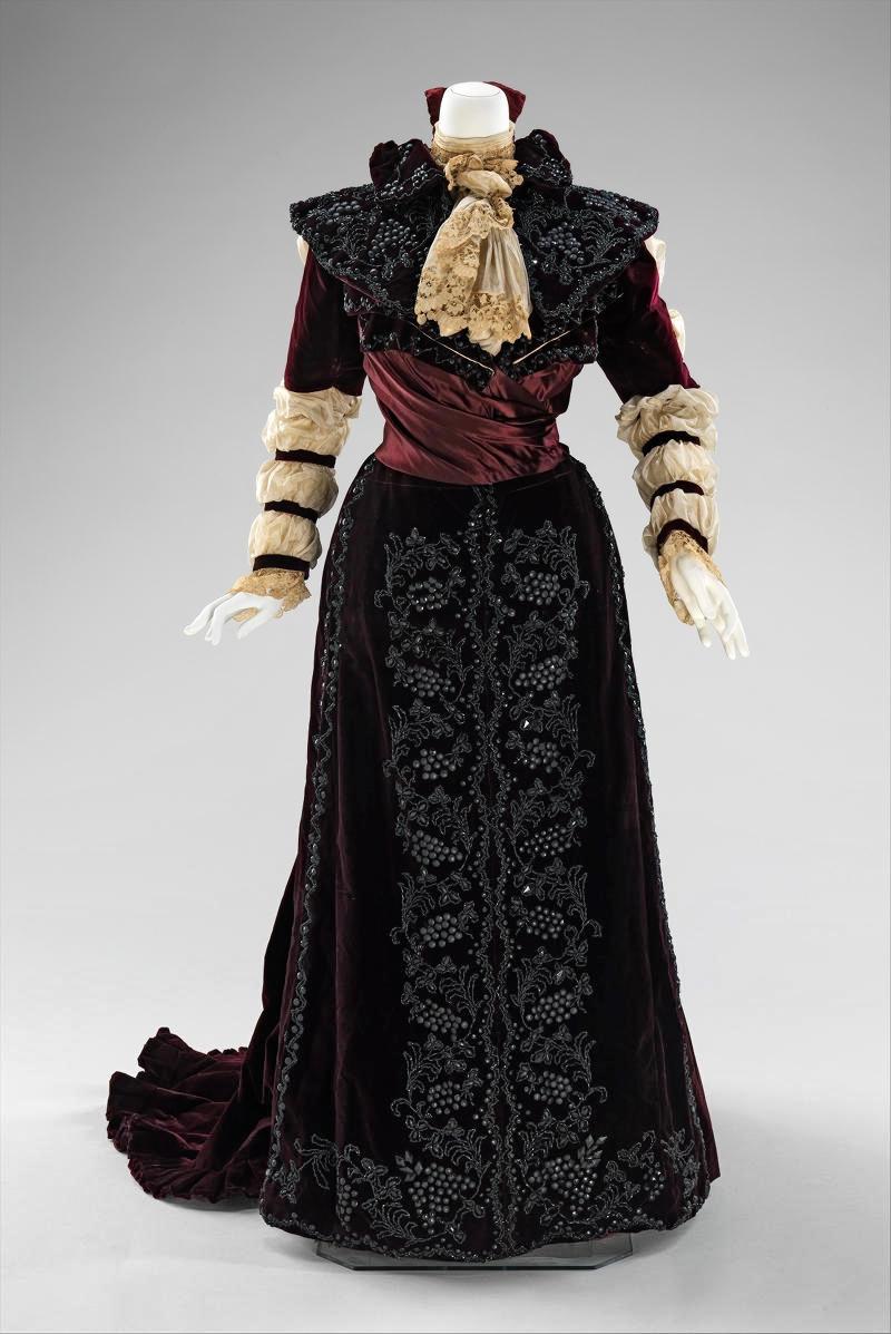 1890 Dress. American. Silk, linen