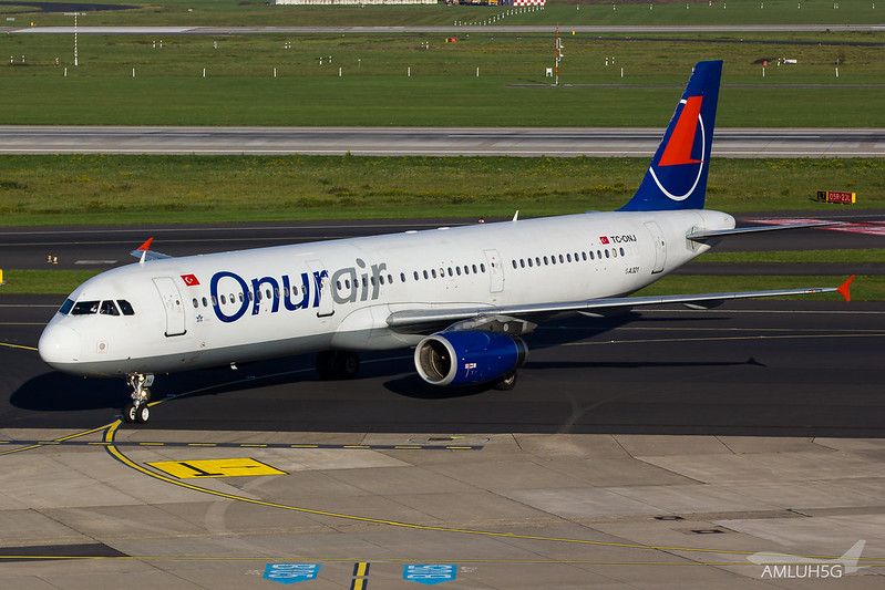 Onur Air - A321 - TC-ONJ (2)