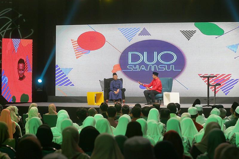 Syamsul Debat dan Syamsul Ghau Ghau dlm rancangan Duo Syamsul