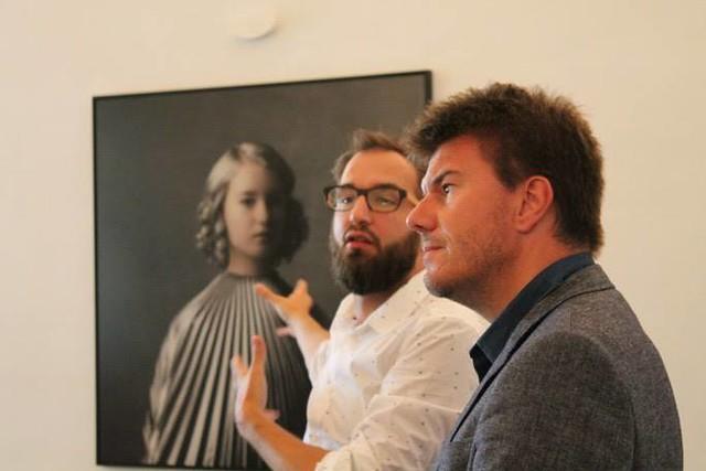Curator Pieter-Jan Valgaeren and minister of culture Sven Gatz