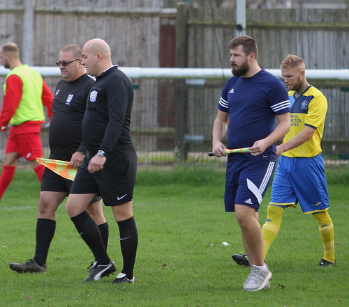 Buckingham Town v Winslow Utd