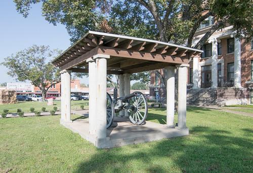 Freestone County Courthouse, Fairfield, Texas 1710131010