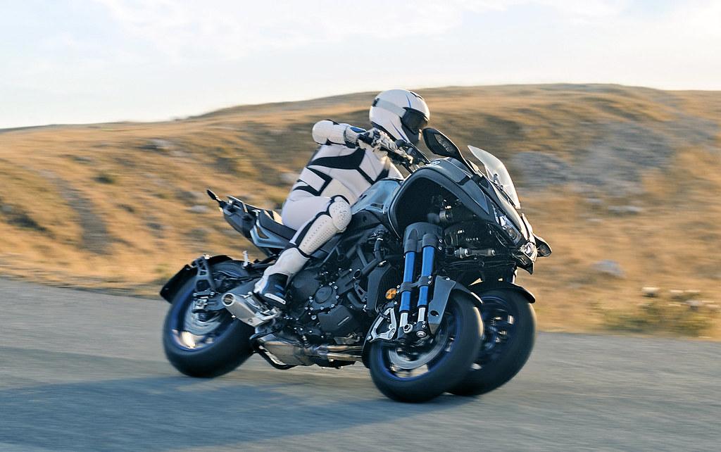 Yamaha Niken 900 2018 - 24