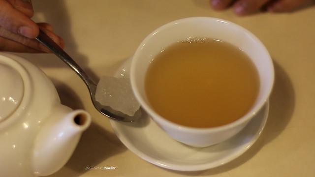 teh-anti-flu--dengan-gula-batu