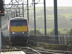 91108 passes Berwick-upon-Tweed (18/10/17)