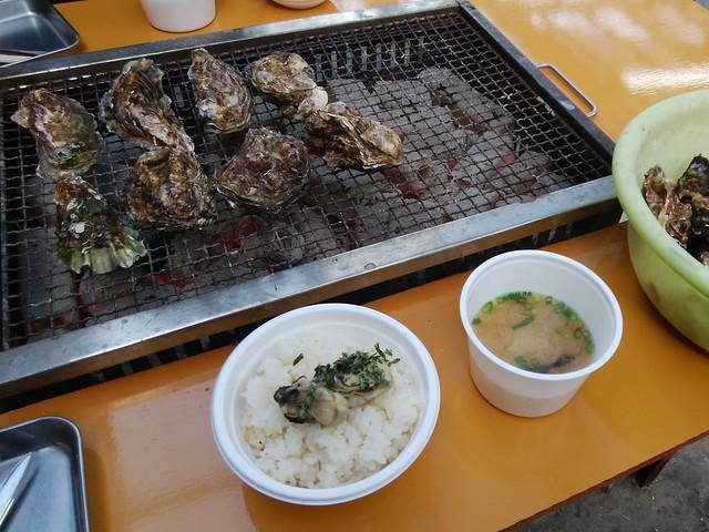 hiroshima-hatsukaichi-shimada-suisan-oyster-hut-grilled-oysters-02