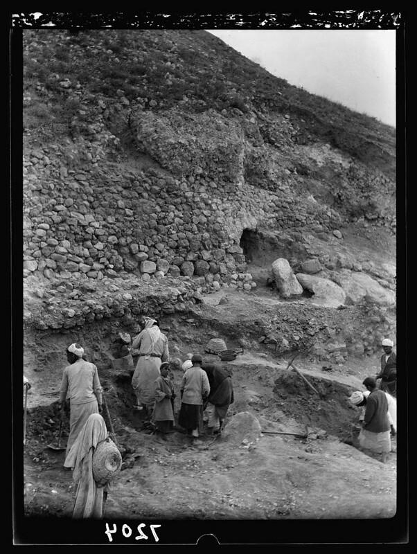 Lakhish-19360210-16634v