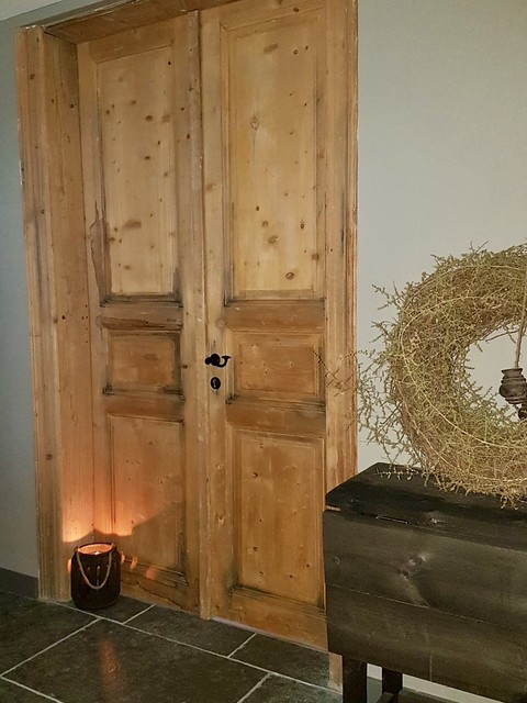 Oude deuren hal