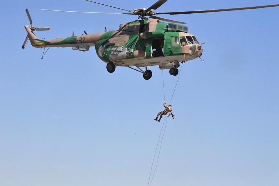 موسوعة الصور الرائعة للقوات الخاصة الجزائرية - صفحة 63 37912837986_16ce57f23b_b