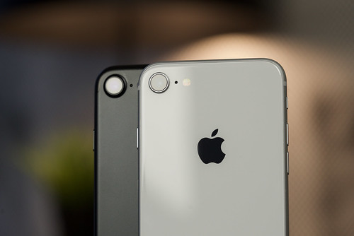 Apple iPhone 7 vs iPhone 8