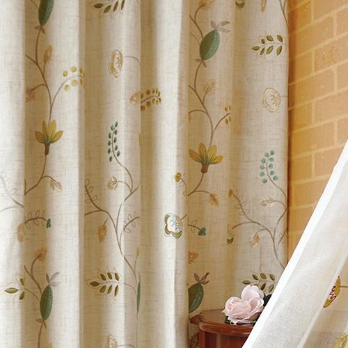 秋日果實 盛開花卉 繡花 半遮光無接縫窗簾布 DA2990014