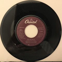 THE B.B. & Q. BAND:ON THE BEAT(RECORD SIDE-A)