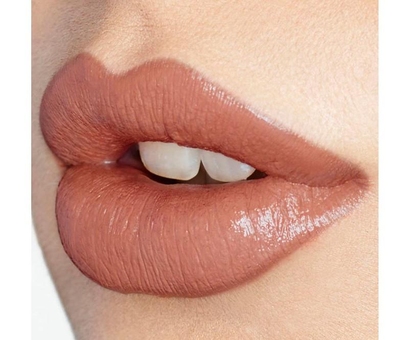 til028_charlottetilbury_kissing_penelopepink_2_1560x1960-7keuz