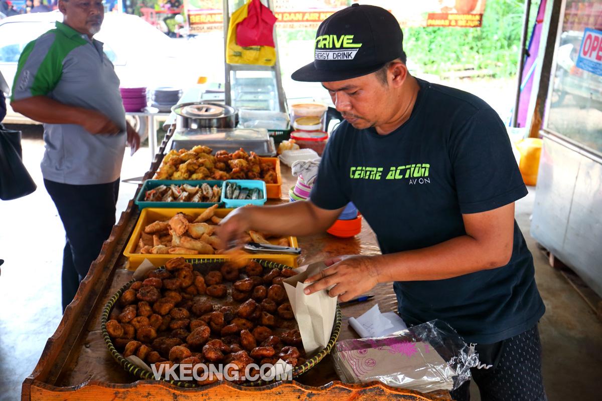Kuih-Keria-Stall-Melaka