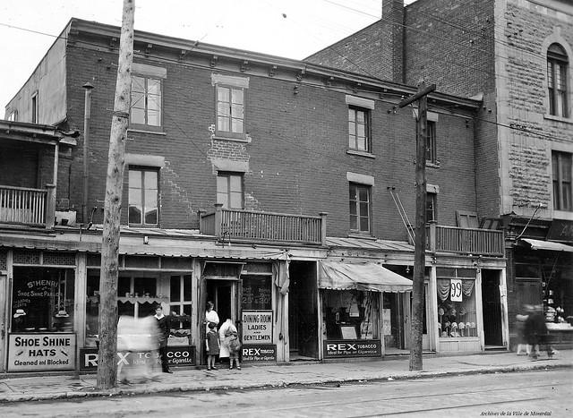 Saint-Henri. Rue De Courcelle. 1929. VM166-D1901-30-021. Archives de la Ville de Montréal.