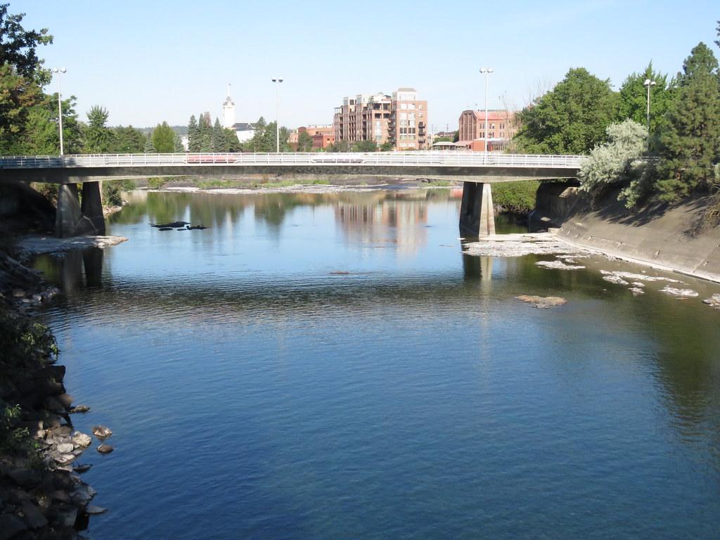 Hotels Near Spokane Falls Community College