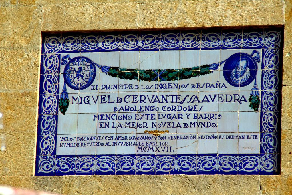 Hace 100 años recordaron a Miguel de Cervantes en la Plaza del Potro