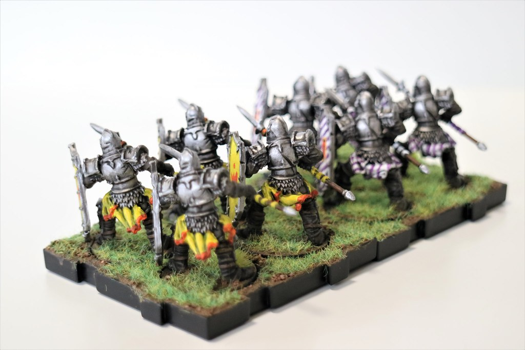 Runewars Miniatures Daqan Spearmen Back