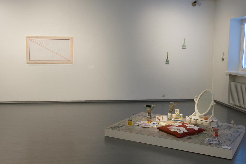 3. Taiteilijan huone installation view copy