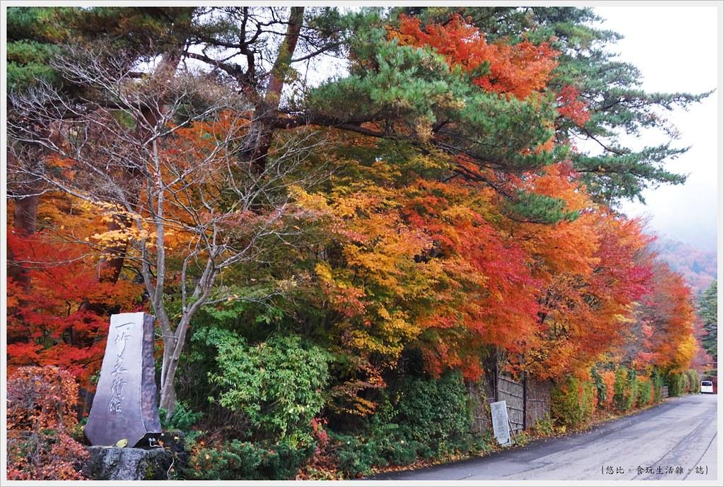 紅葉迴廊-久保田一竹美術館-5