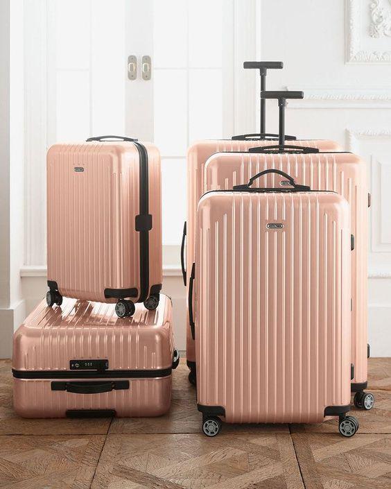 set di valigie rosa