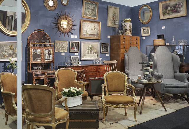 The Decorative Antiques & Textile Fair