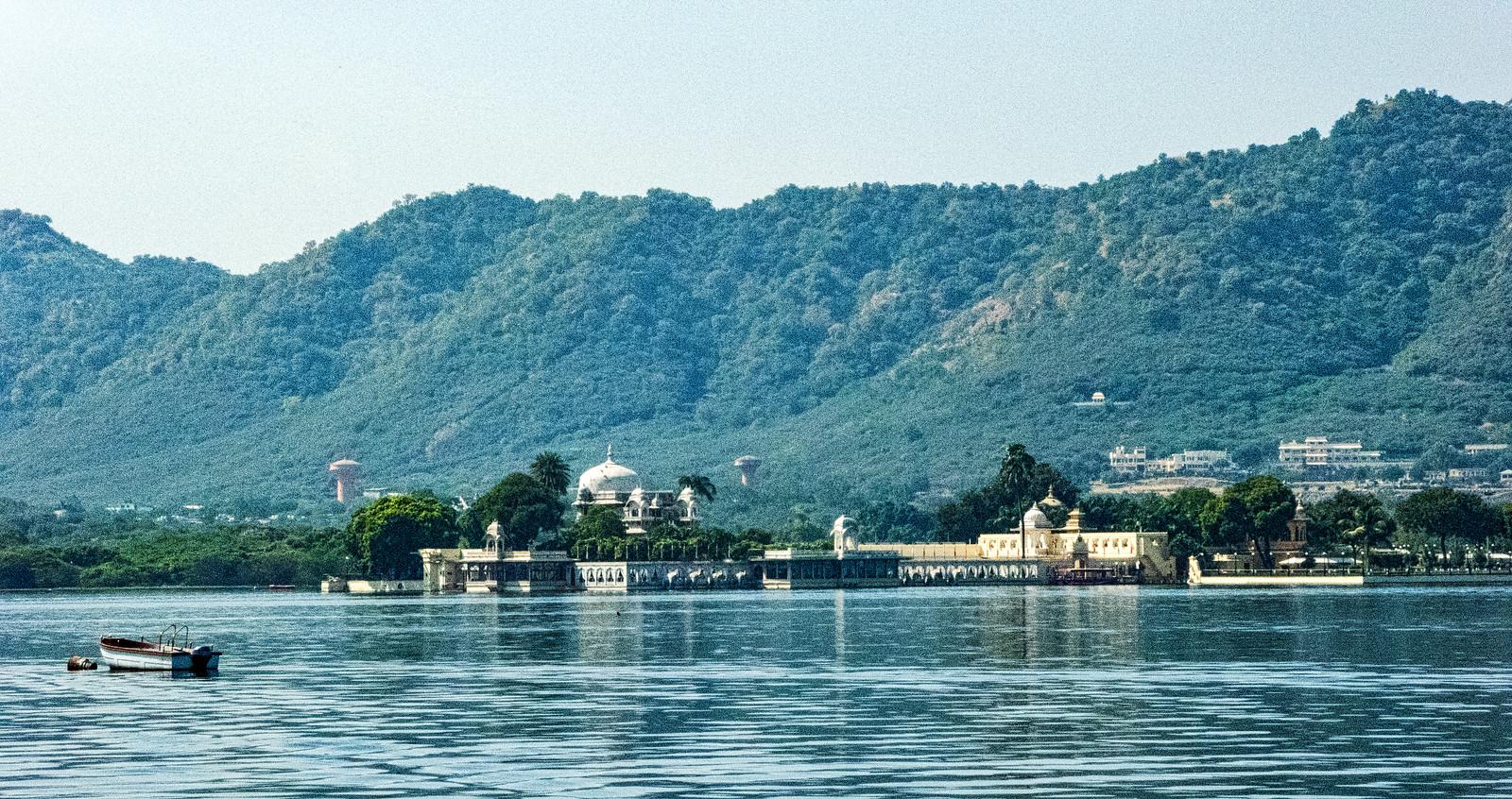 Jag Mandir - Lake Pichola - Udaipur