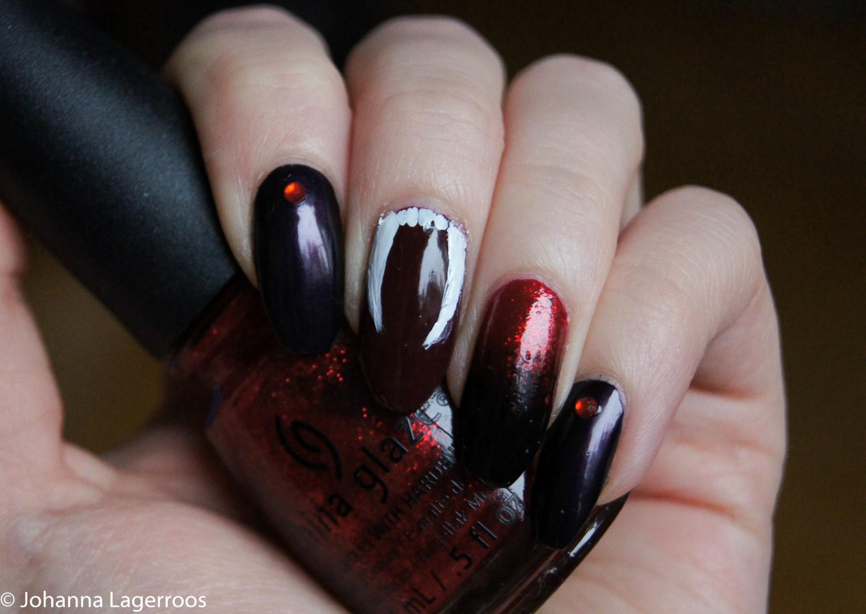 Vampire nail art