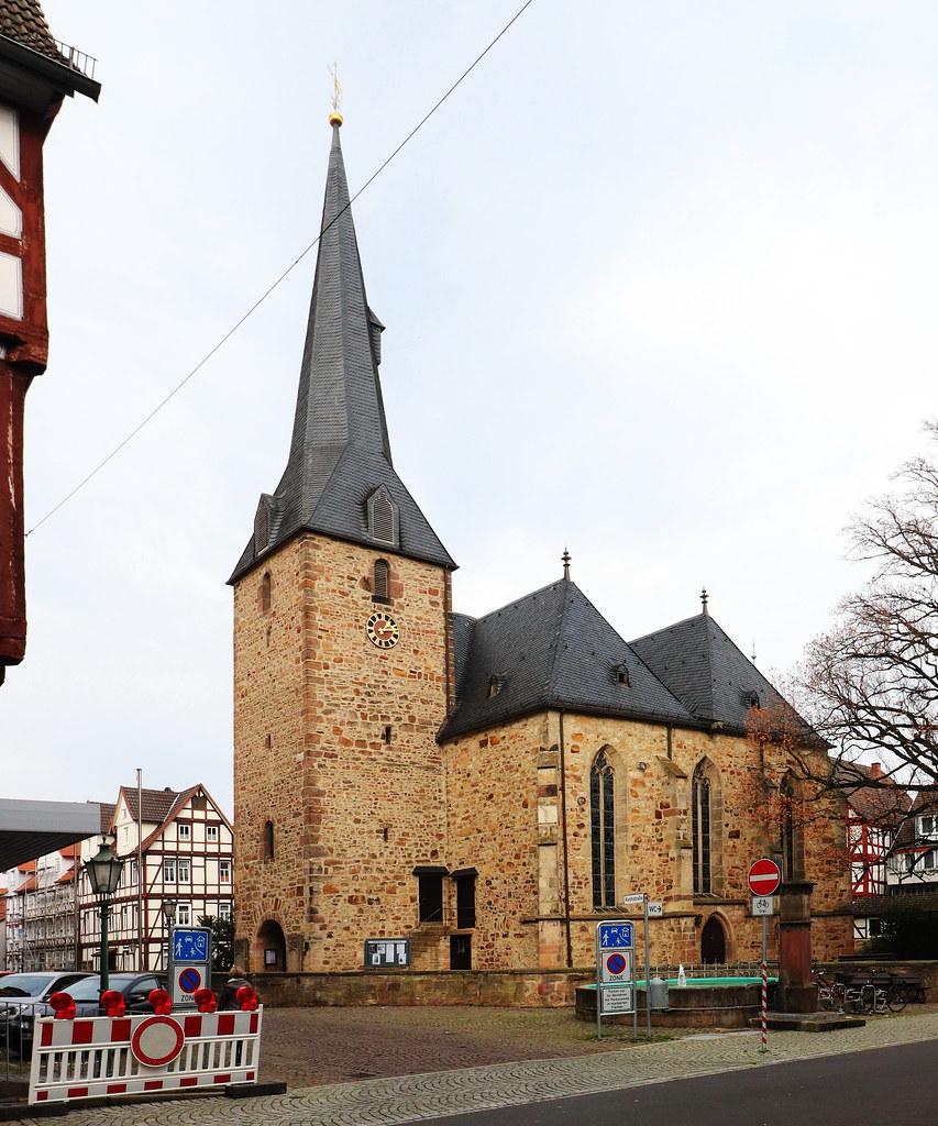 Beste Spielothek in Holzhausen am Hahn finden