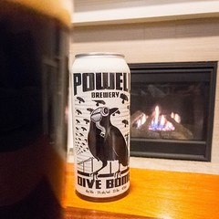 Finally dug into my Vancouver stash tonight and pulled out @powellbeer Dive Bomb porter. A good beer to accompany one of the first fires of the season.