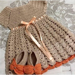 I loved this crochet dress model for very simple and delicate baby pattern 😘😬