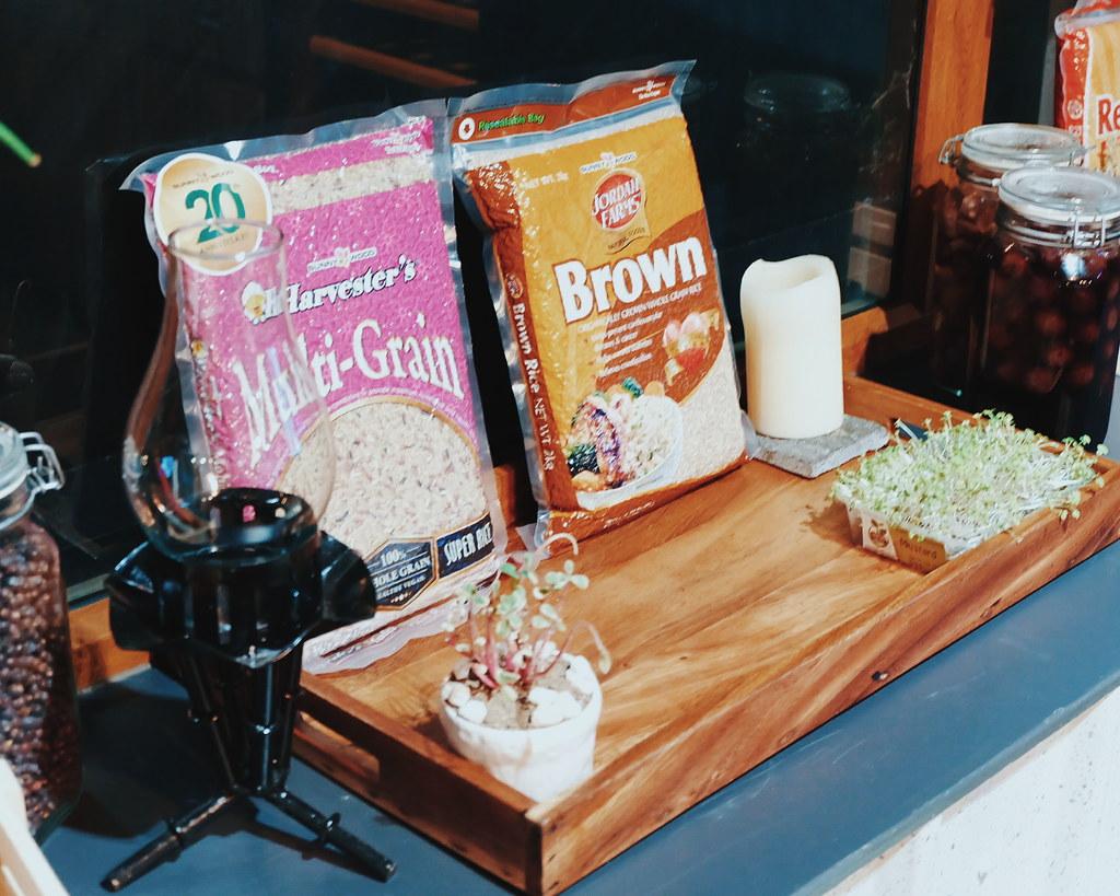 sunnywood harvester's organic rice