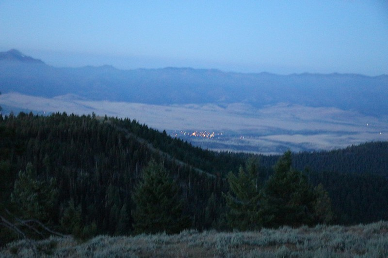 The lights of Prairie City at dawn as we hike back to the car on Dixie Butte