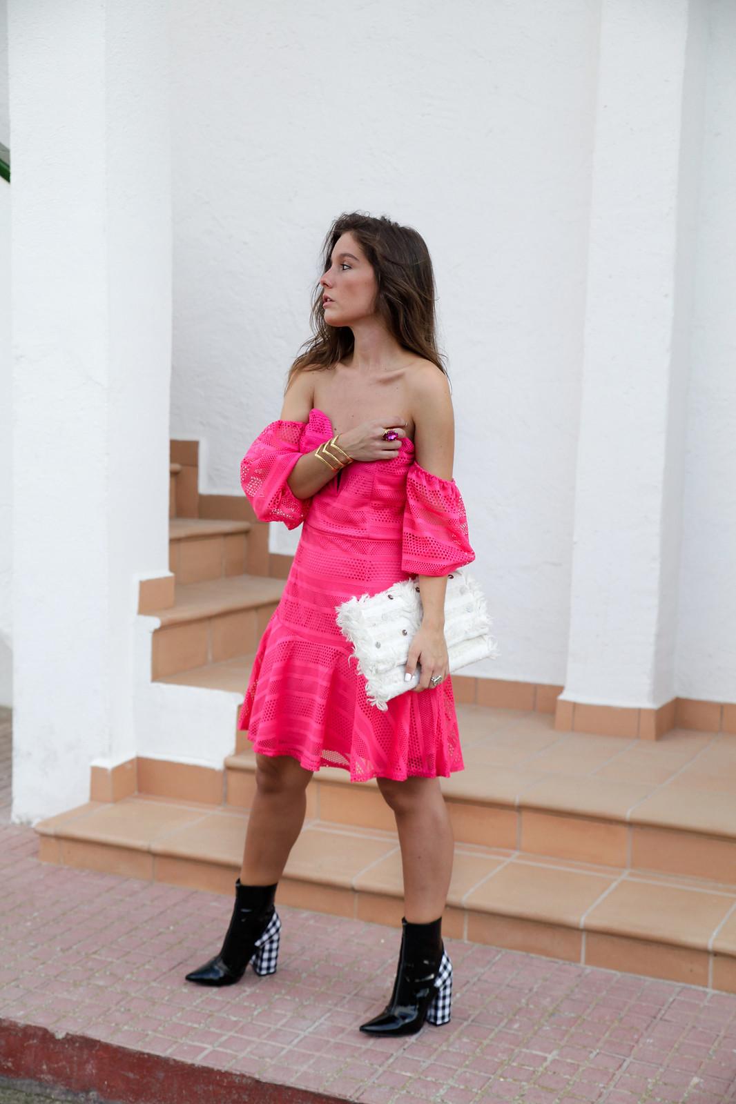 04_vestido_rosa_off_shoulder_danity_paris_pink_dress_theguestgirl_outfit_boots_vichy_trend_alert
