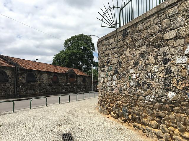 Wall in Gloria