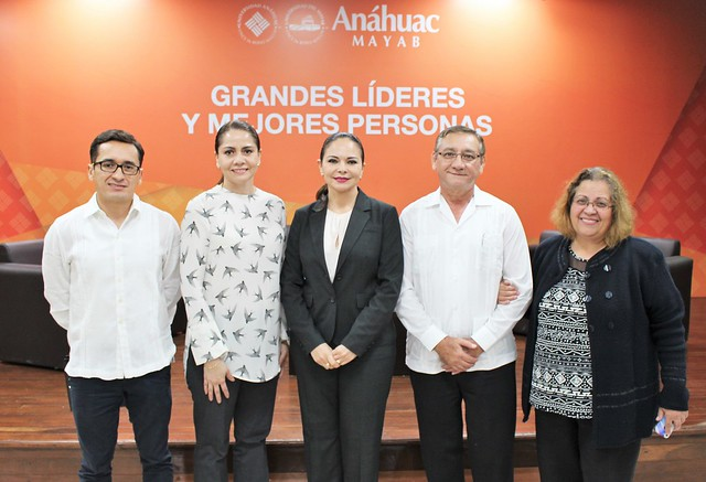 mesa_panel_reformas_anahuac_mayab