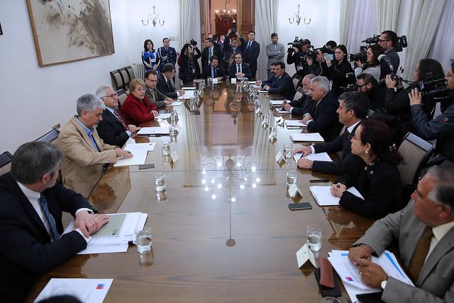 Presidenta Bachelet y ministro Fernández encabezan Consejo de Intendentes | 27.09.17