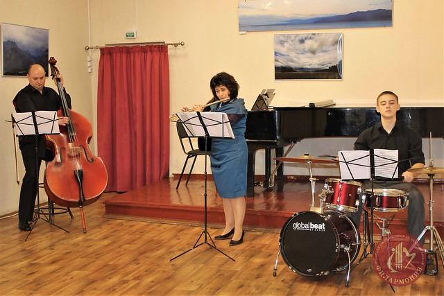 01.11.17. Modern flute