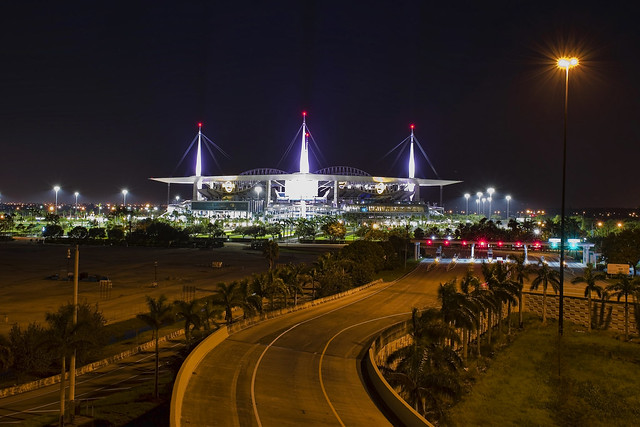 Hard Rock Stadium, 347 Don Shula Drive, Miami Gardens, Florida, USA / Opened: August 16, 1987 / Architects: Populous (then HOK Sport) ; HOK (2016 renovation)