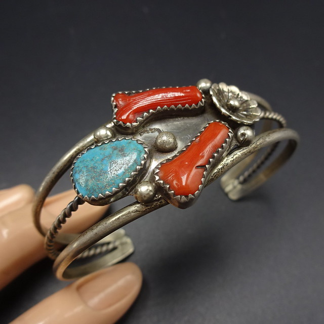 Vintage NAVAJO Sterling Silver BRANCH CORAL /& Turquoise Cuff Bracelet 18g